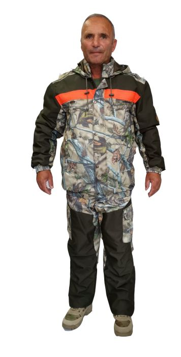 Winter waterproof hunting jacket reinforced with cordura